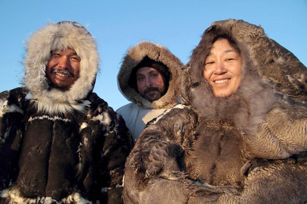 Un casting Jacquie & Michel chez les Inuits.
