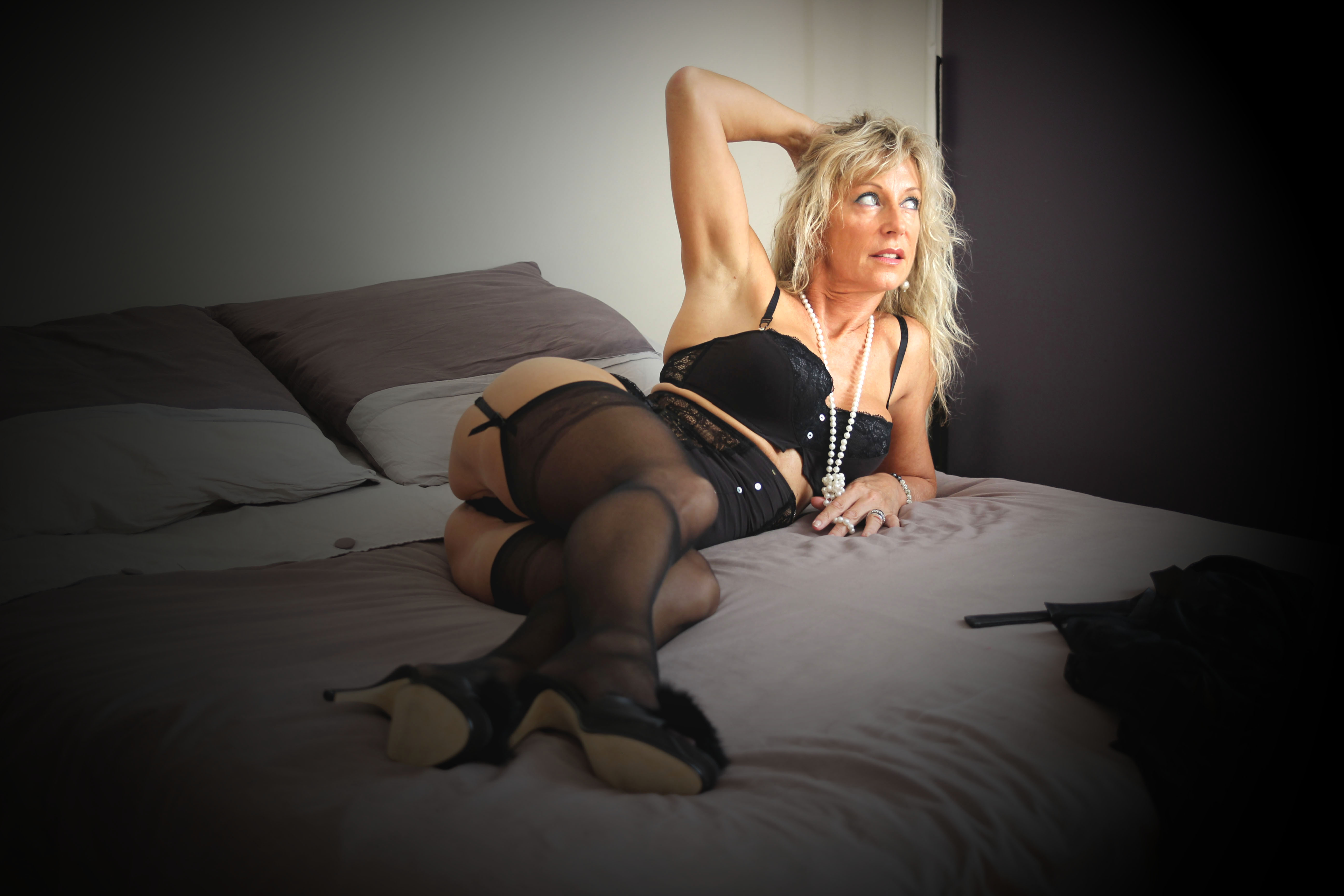 video cougar francaise escort actrice x