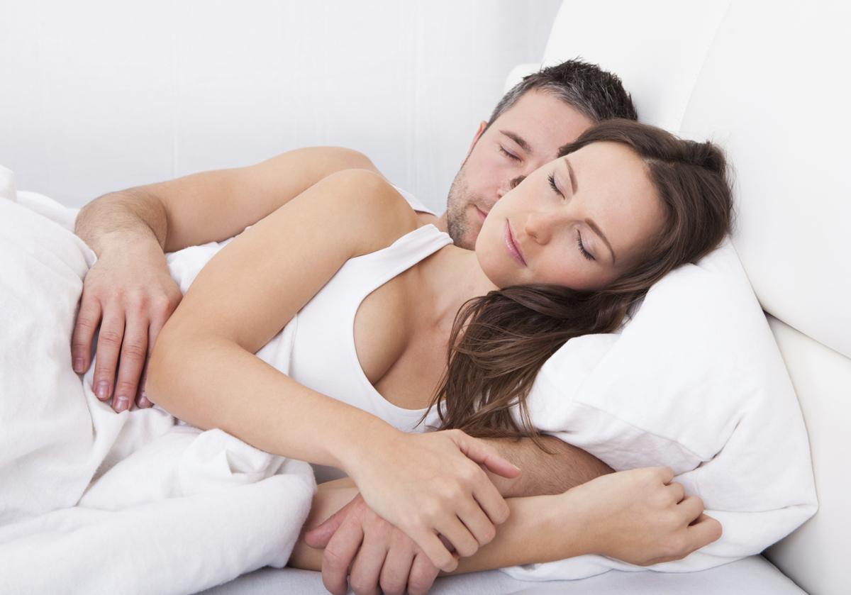 Dormir les femmes de la pornographie