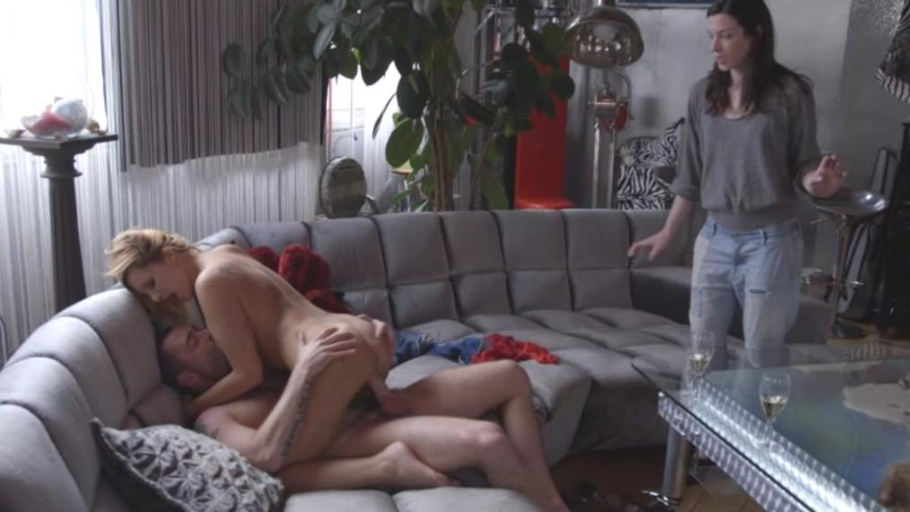 Friends with benefits порно видео