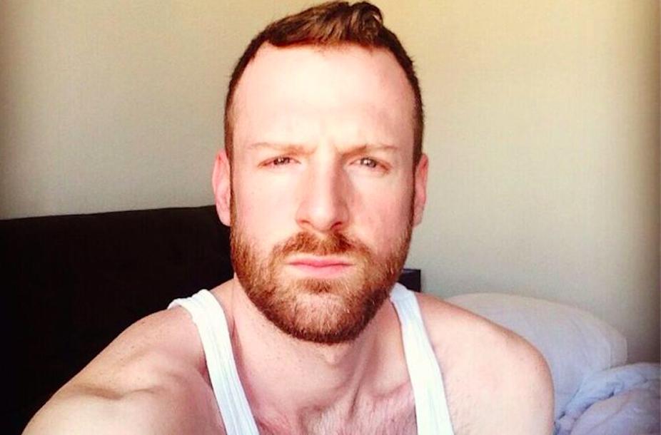 PHOTOS : des hommes roux nus pour lutter - Codes de Gay