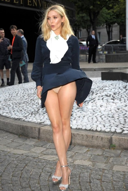 upskirt Paris