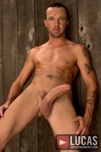 lvdx-gay-king-cobra-lhistoire-de-brent-corrigan-visuel-7
