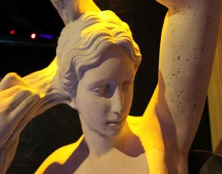 lvdx-club-hyppocampe-l-visuel-4-statue
