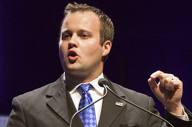 Josh Duggar, Executive Director of the Family Research Council Action, speaks at the Family Leadership Summit in Ames, Iowa August 9, 2014. The pro-family Iowa organization is hosting the event in conjunction with national partners Family Research Council Action and Citizens United. REUTERS/Brian Frank?(UNITED STATES - Tags: SOCIETY POLITICS) - RTR41TNC