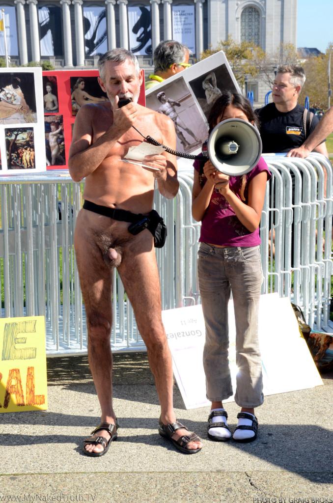 LVDX - US 35 - Visuel (2) - George Davis, nudiste activiste en action