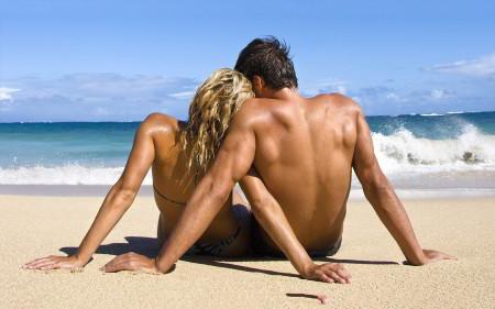 couple-beach-1