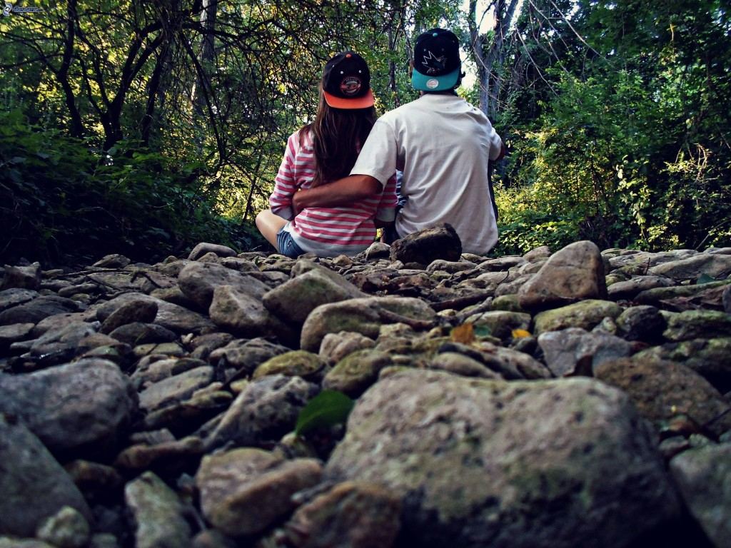 couple-in-the-woods,-rocks,-forest-176035