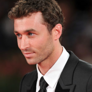 Evil Angel met fin à l'exil de James Deen et l'engage pour le documentaire porno 'Consent'